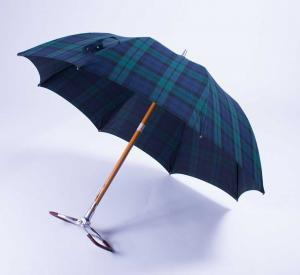 """Maglia Francesco"" Blackwatch Sports Seat Umbrella: Queen Elizabeth"