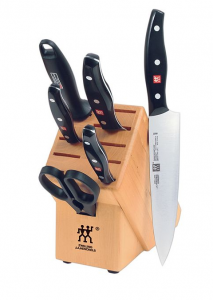 Zwilling J. A. Henckels Twin Signature 7-pc. Cutlery Set Makes Cutting and Chopping Fun!