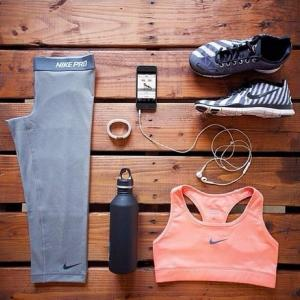 A Gym Virgin? What Essential Items You Need Bring To The Gym at The Very First Time?