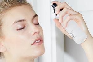 MAKE UP FOR EVER Mist & Fix Setting Spray 4.22 oz