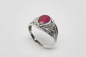 Jo Bali By Kingsley Ryan Garnet Ring