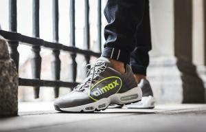 Nike: Extra 25% OFF Sale Sneakers, Sportswear